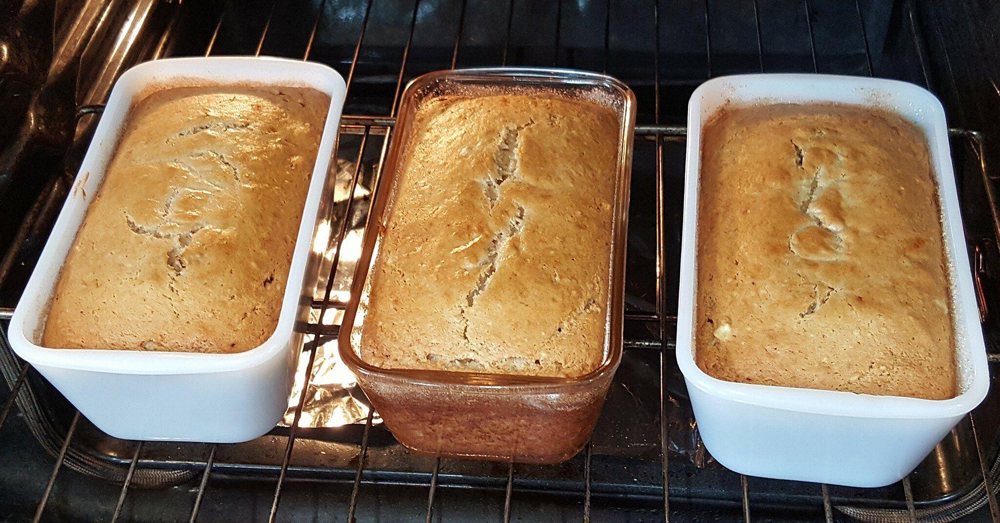 Banana Sour Cream Bread Recipe In 2020 Cream Bread Recipe Recipes Best Banana Bread