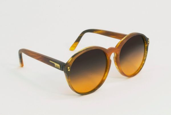 Óculos feito de Cabelo