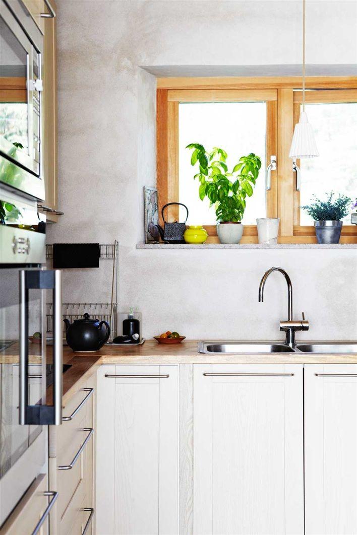 A Home In Sweden Photo By Karin Bjorkqvist For Hus Hem Sweden House Kitchen Remodel Kitchen Dining Room