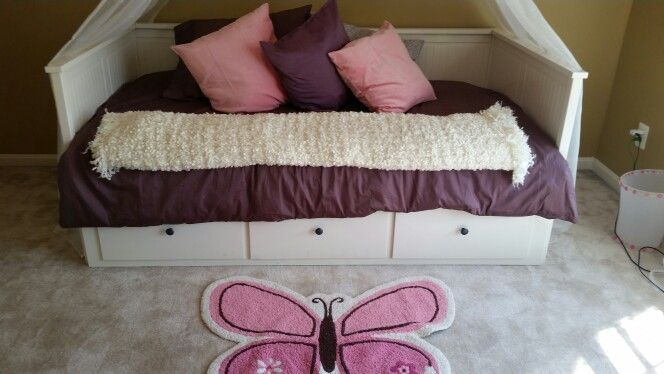 Love this bed Hemness from ikea It\u0027s a day bed that has trundle