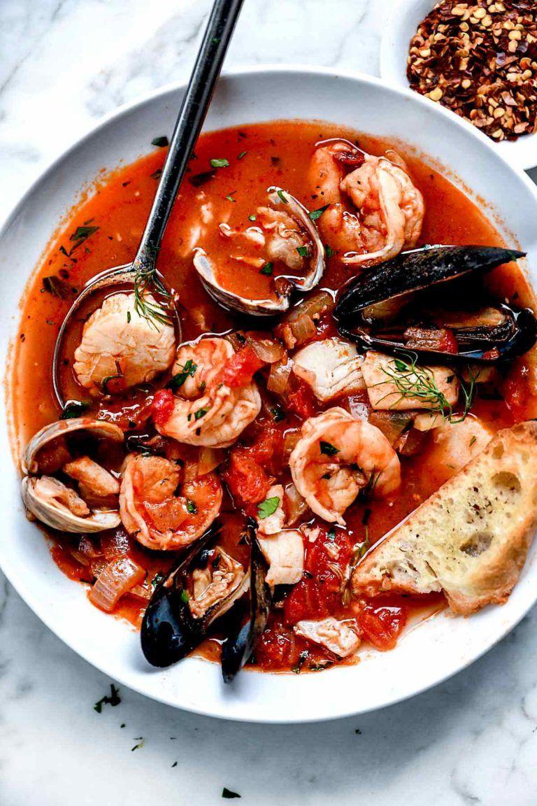 Ina Garten S Cioppino Recipe Foodiecrush Com Easy Authentic Cioppino Sanfrancisco Tomato Stew Seafood Stew Recipes Cioppino Recipe Food Network Recipes