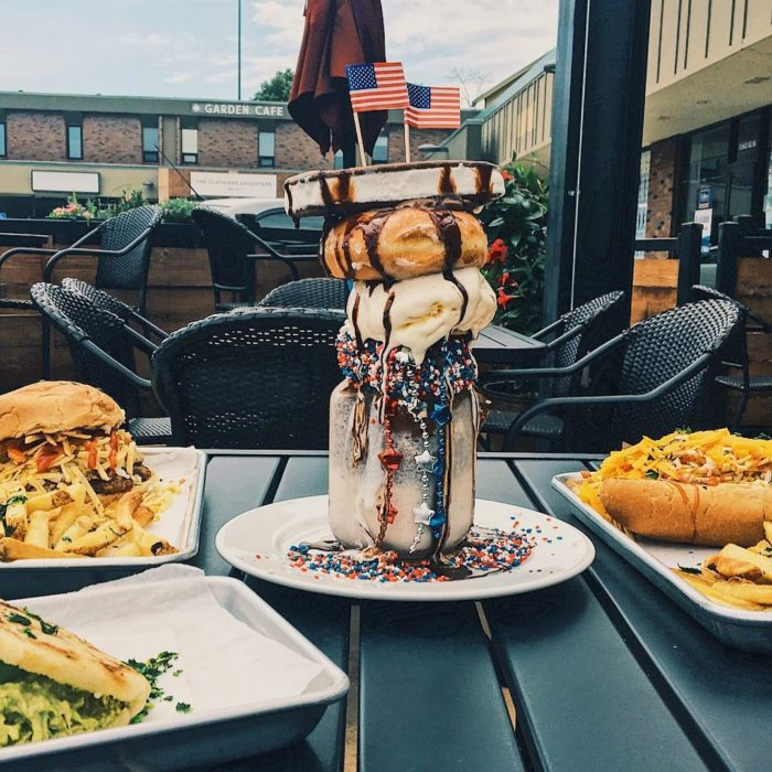 We Definitely Recommend Eating Here For Lunch Or Dinner But Don T Forget To Save Room For Some Of The Biggest Milkshake Calories Milkshake Omaha Restaurants