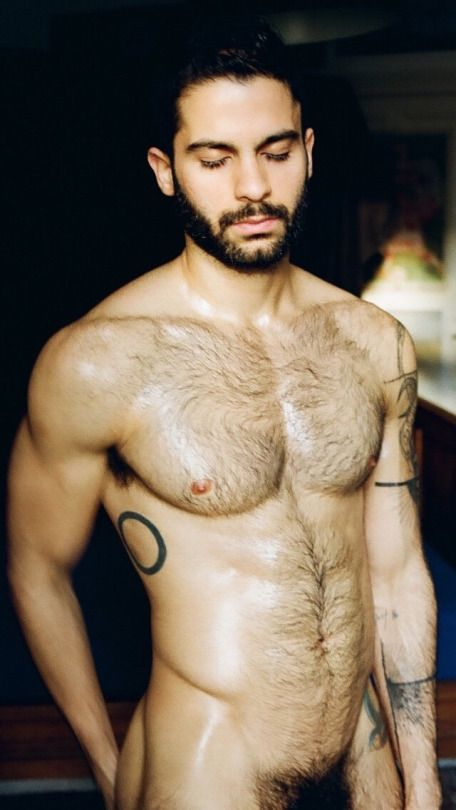 Hairy gay mne