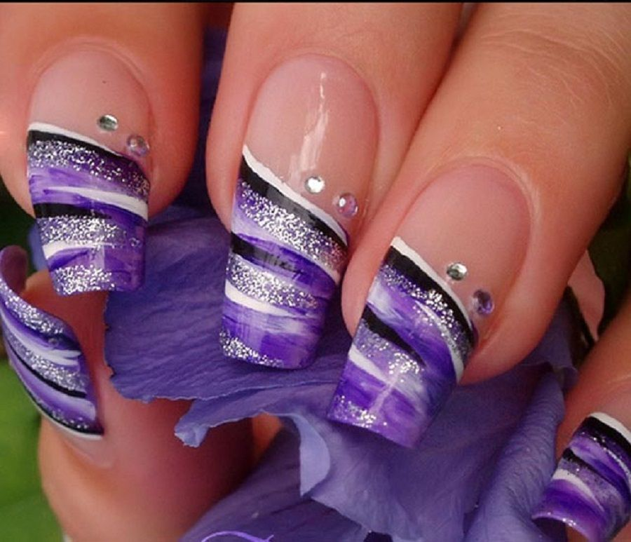 Best-Nail-Polish-Colors-Spring-2013-in-Purple- - Best-Nail-Polish-Colors-Spring-2013-in-Purple-and-White-as-well-as