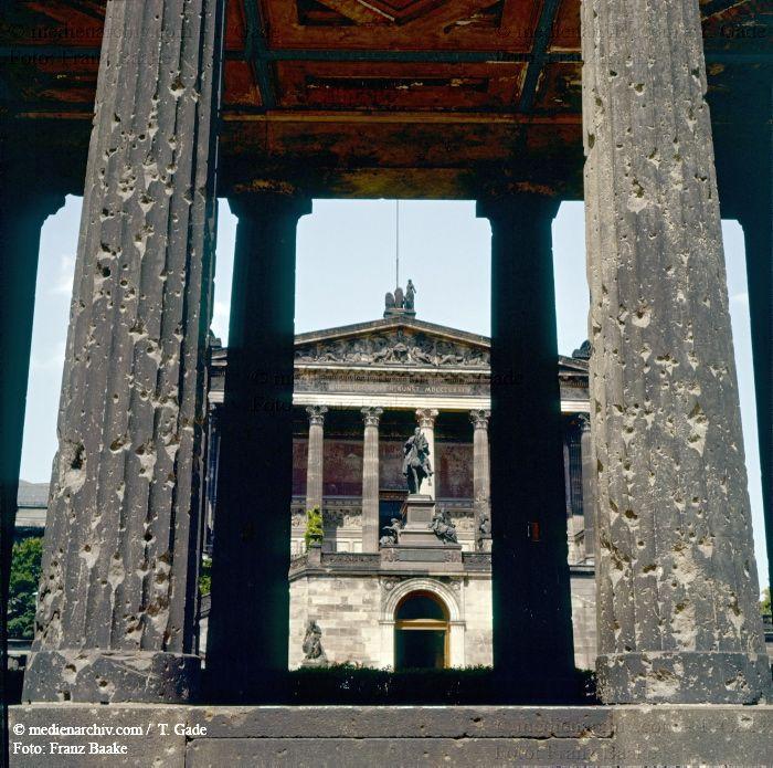 Berlin 1960 1961 1960 Alte Nationalgalerie Berlin Ddr Deutschland Germany Mitte Museumsinsel Medienarchiv Com Fotos Ddr Deutschland Berlin Museum Insel