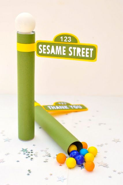 Sesame Street.  The Party Muse ™: Candy Tube Party Favors