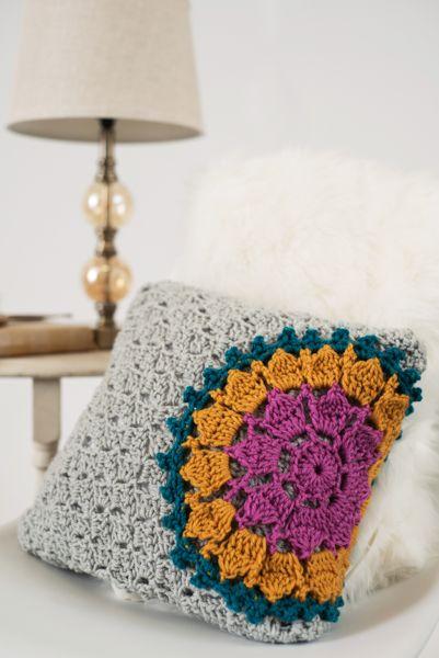 Mandala Burst PillowSunny Bunny BagSunny Bunny Bag  ~ I Like Crochet, April 2017 #crochetelements