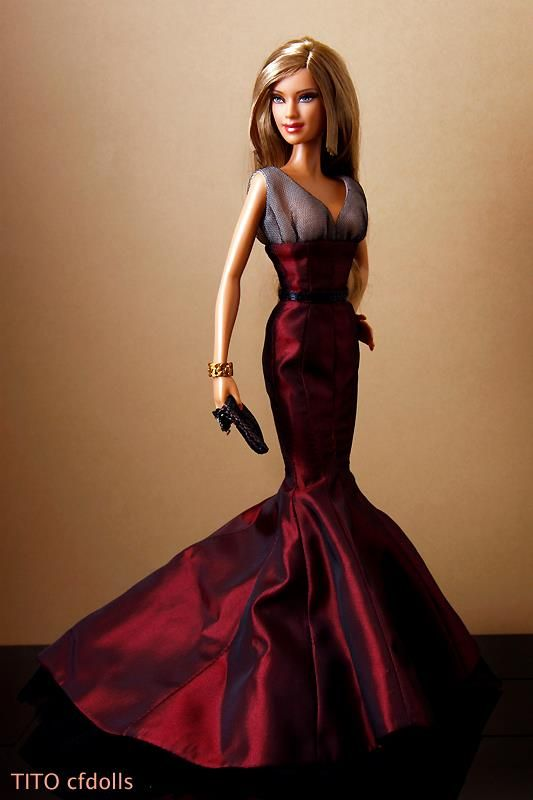 This doll is truly elegant!