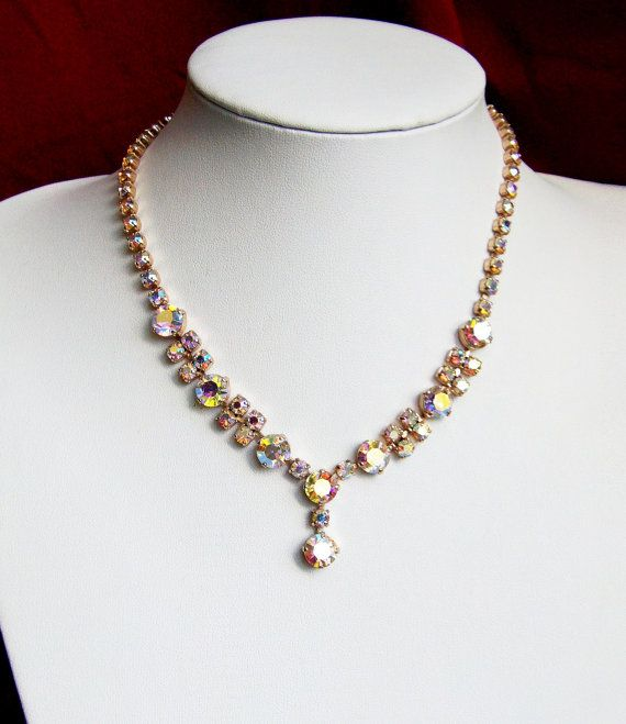 1950s auroa borealis rhinestone necklace claw set stones very sparkley gold tone metal vintage glamorous on Etsy, $18.89