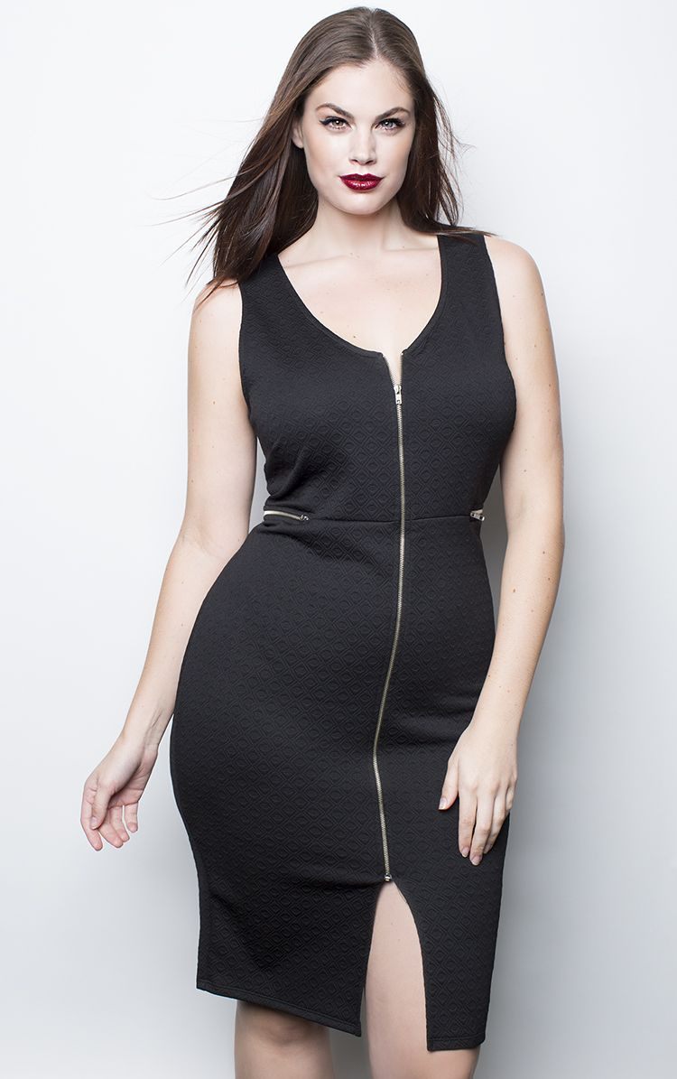 5582f8535f684 Curvy Models · Sexy Skirt · Dress Skirt · Plus Size Fashion For Women · Chloe  Marshall. 5 10