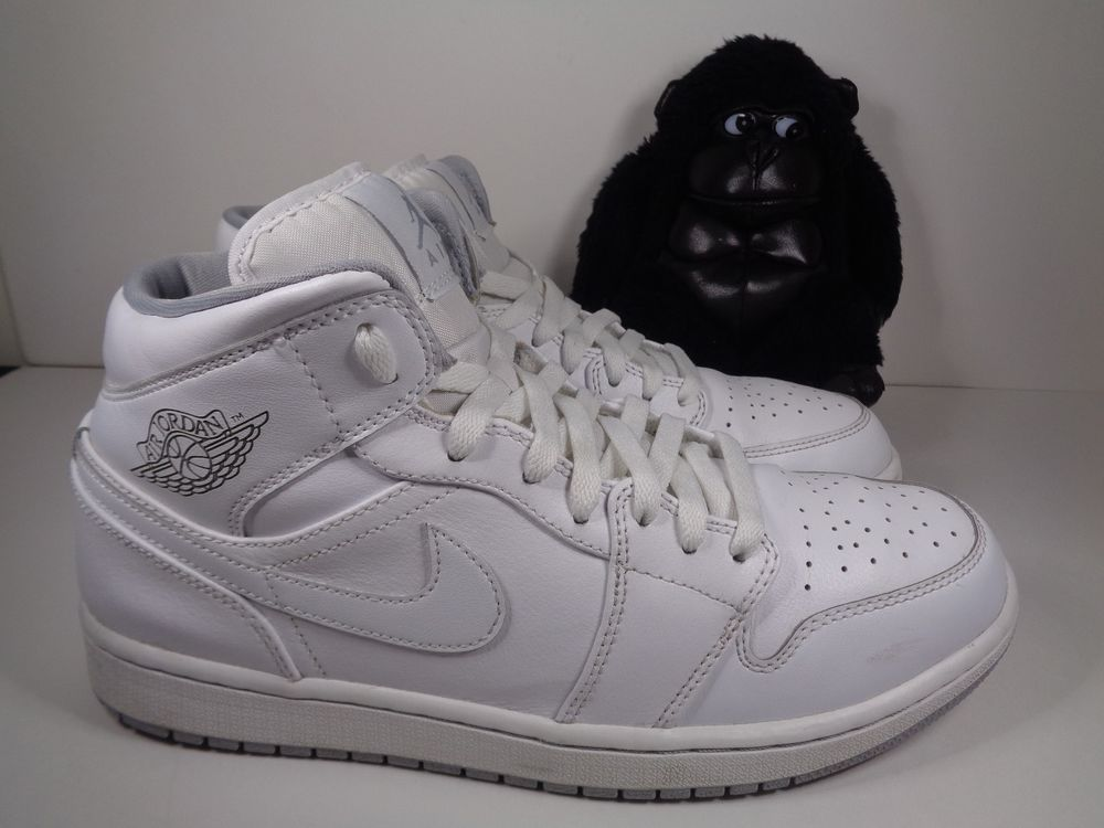 2f32c05d1186d0 Mens Nike Air Jordan 1 Mid Basketball Leather Shoes White Wolf Grey size 10   Nike  BasketballShoes