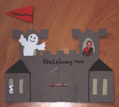 Einladungskarte Für Kleine Ritter   Creadoo.com. Einladungskarten Basteln Kindergeburtstag ...