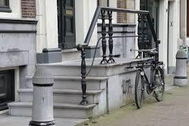 Afbeeldingsresultaat voor amsterdam grachtenpanden trap