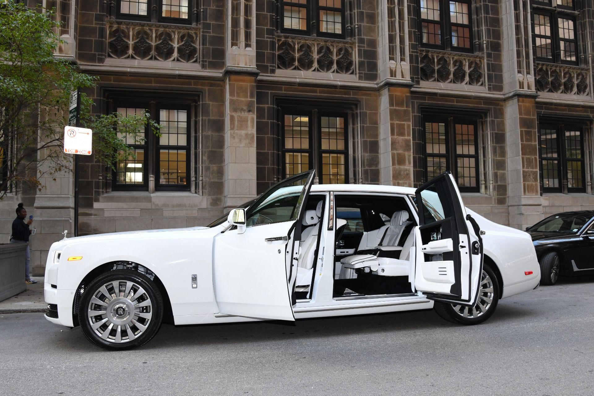 Photo of For sale : New 2020 Rolls-Royce Phantom Extended Wheelbase EWB – Chicago Exotic Car Dealer  – United States