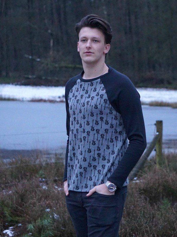 Bram Raglan T-shirt Sewing Pattern | Pattern Musts | Pinterest