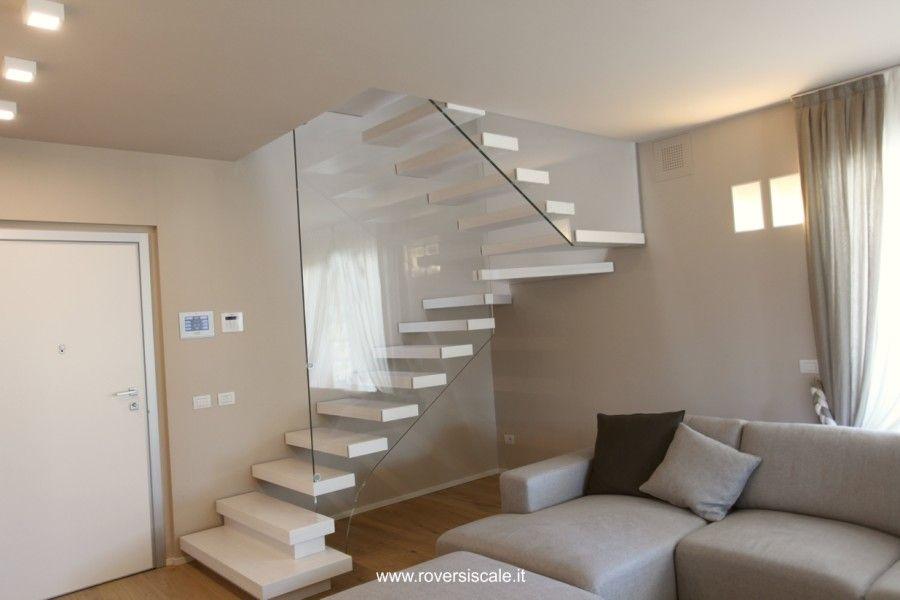 Roversi scale progettazione e realizzazione di scale for Disegni duplex moderni
