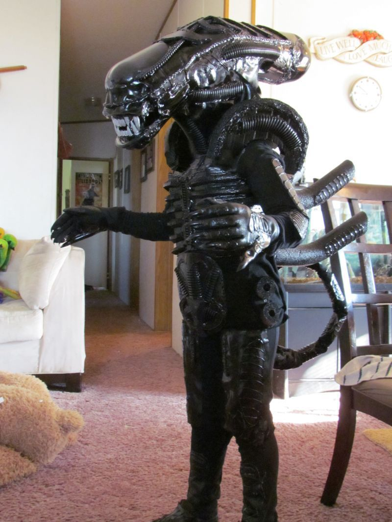 Alien Xenomorph Costume   Xenomorph costume, Xenomorph and Aliens