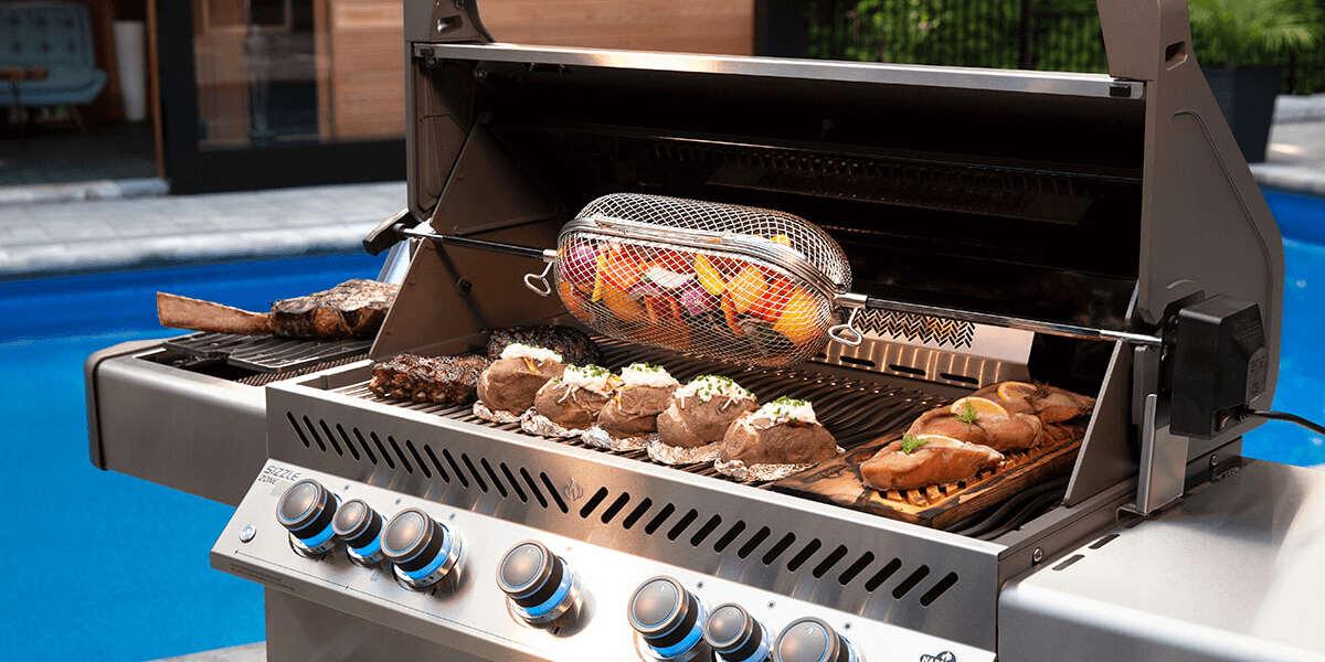 How To Host The Perfect Canadaday Party Napoleongrill Bbq Grilling Party Outdoorliving Grilling Gas Grill Bbq Kit
