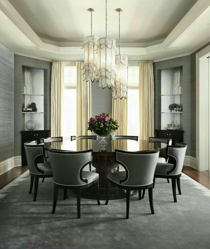 Round Table Different Concept For The Formal Dining Room Elegant Dining Room Luxury Dining Room Luxury Dining