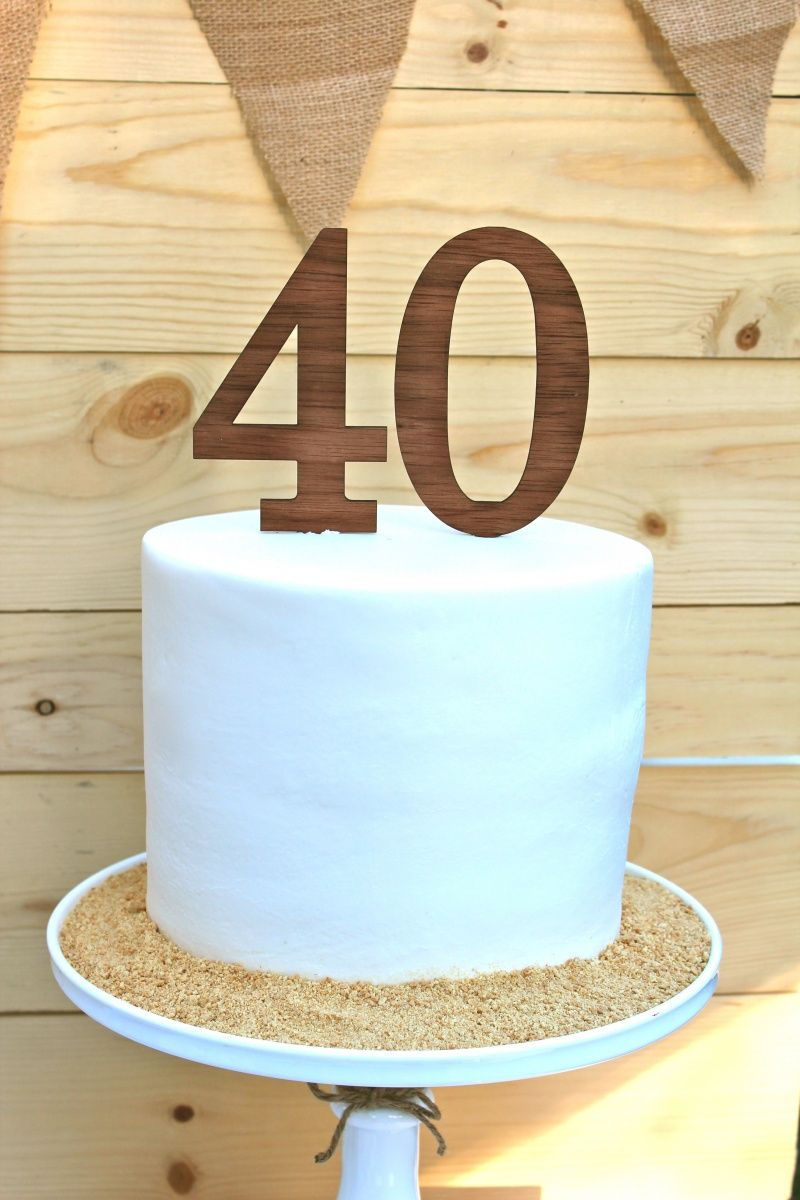 Bluegrass and Bourbon by Bloom 40th birthday cakes