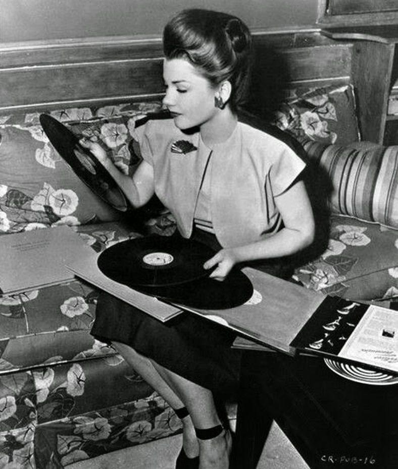 Anne Baxter (1946) and vinyl