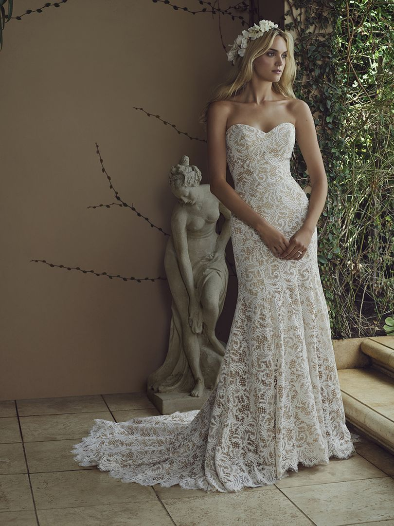 Casablanca wedding dresses spring 2016 bridal collection for Fit n flare lace wedding dress