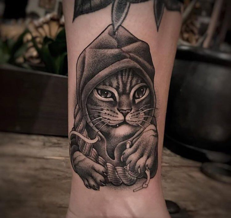 Gangster Cat Tattoo By Christina Ramos At Memoir Tattoo Body Art Unicorn Tattoo Designs Tribal Dragon Tattoo