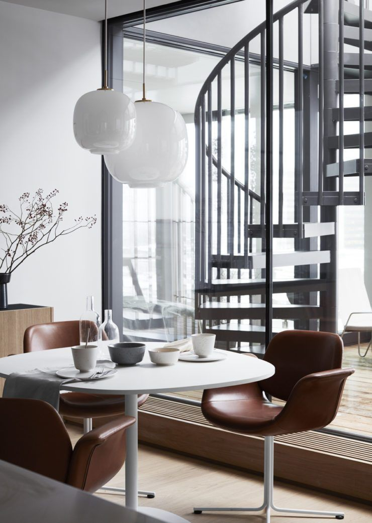 4 spaces that prove round tables are a must the edit home rh pinterest de