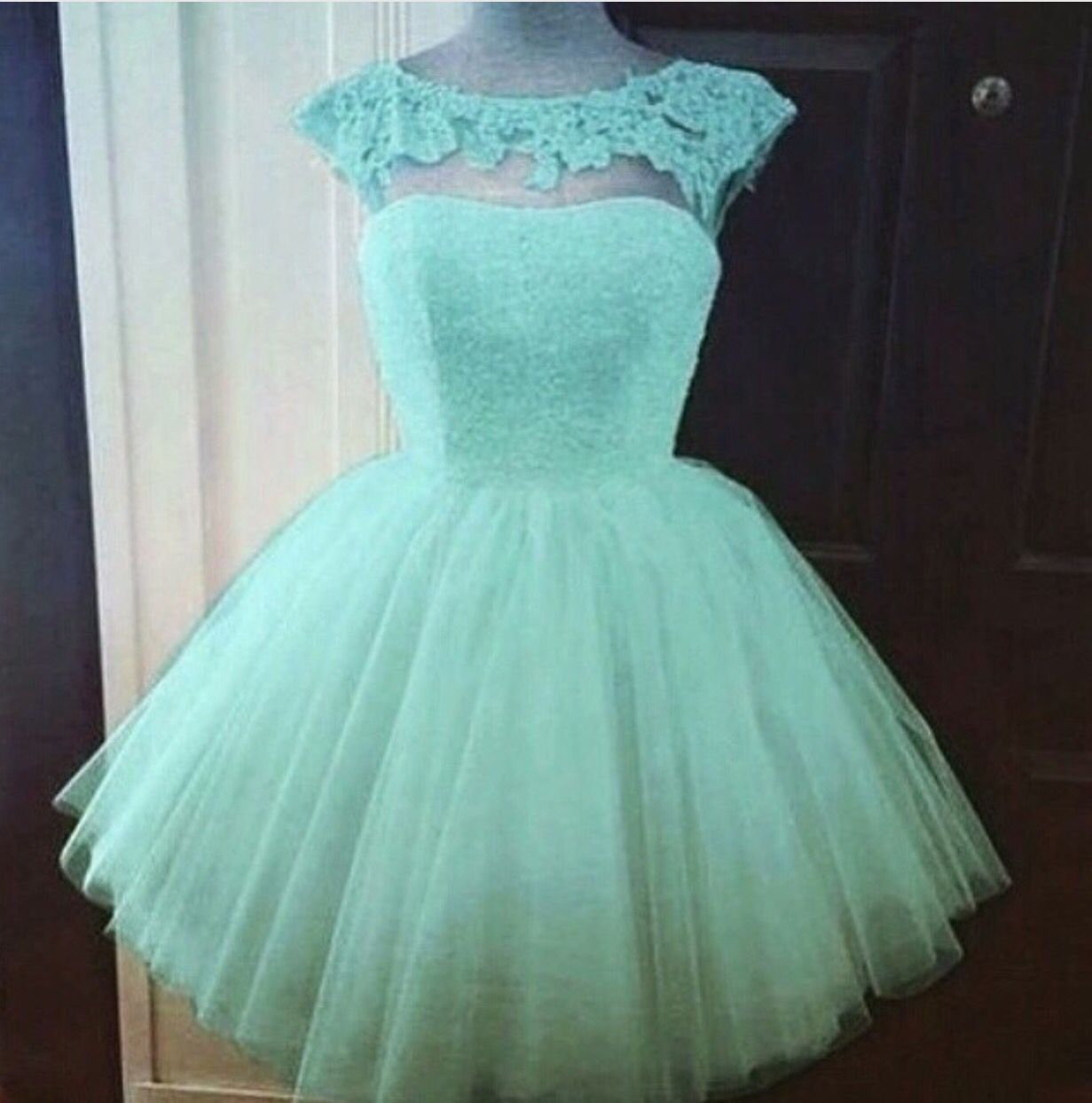 Vestido corto verde menta