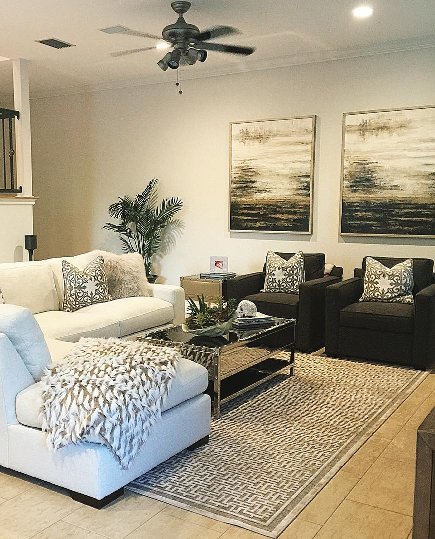 Living Room Decorating And Designs By Tina Barclay: Designer @onepiece_at_a_time Styled A Chic + Neutral Space