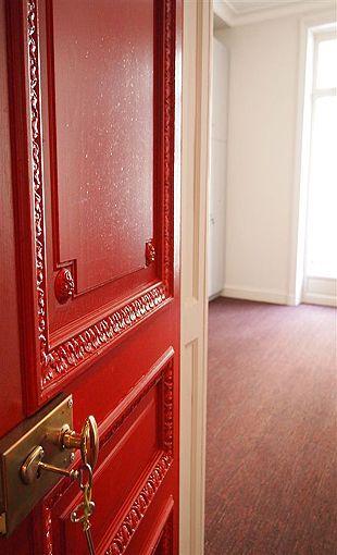 Porte Haussmannienne porte d'entrée haussmannienne. www.bertoli.… | portes
