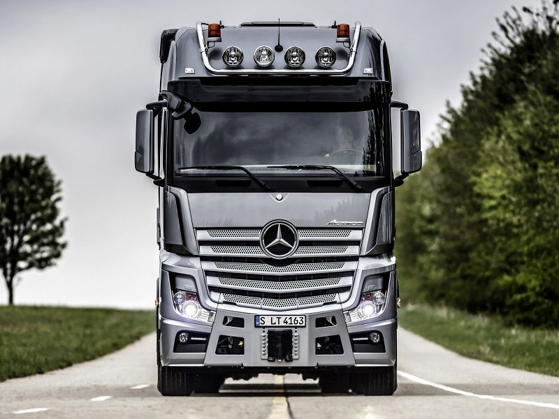 15 Best Trucks In The World Cool Trucks Pictures Mercedes Truck Trucks Benz Best download wallpaper truck volvo all