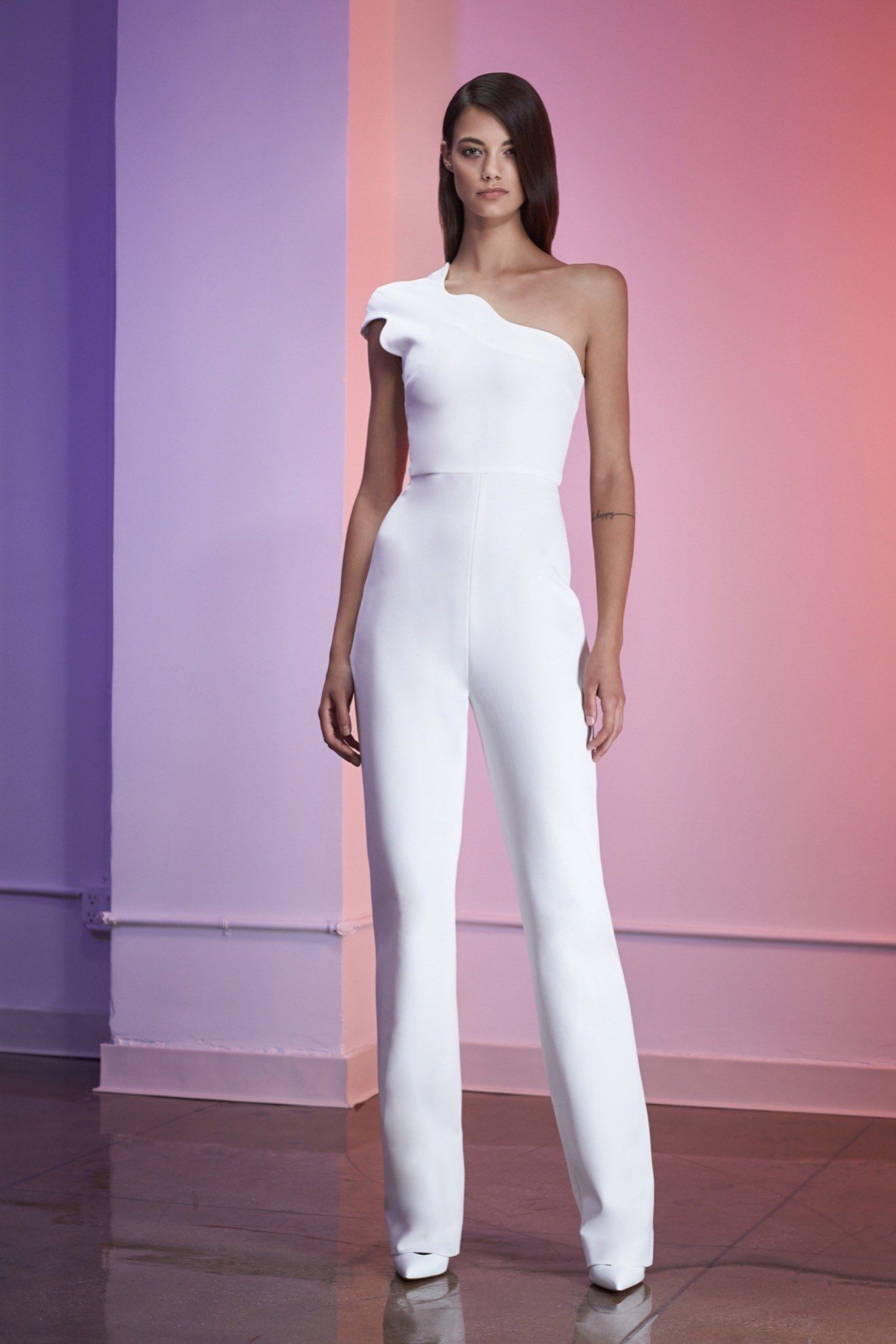 29a5c3e60b0 Cushnie et Ochs Resort 2016 Collection Photos - Vogue