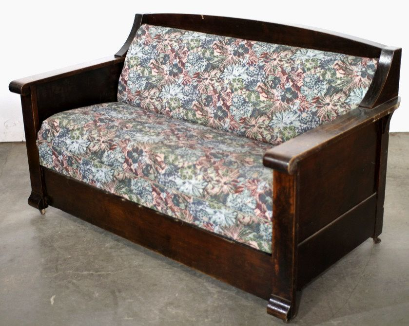 Antique Kroehler Sofa Bed Has Been Around Since Early This Century Peter Developed Two Types Of Foldable Beds In 1909