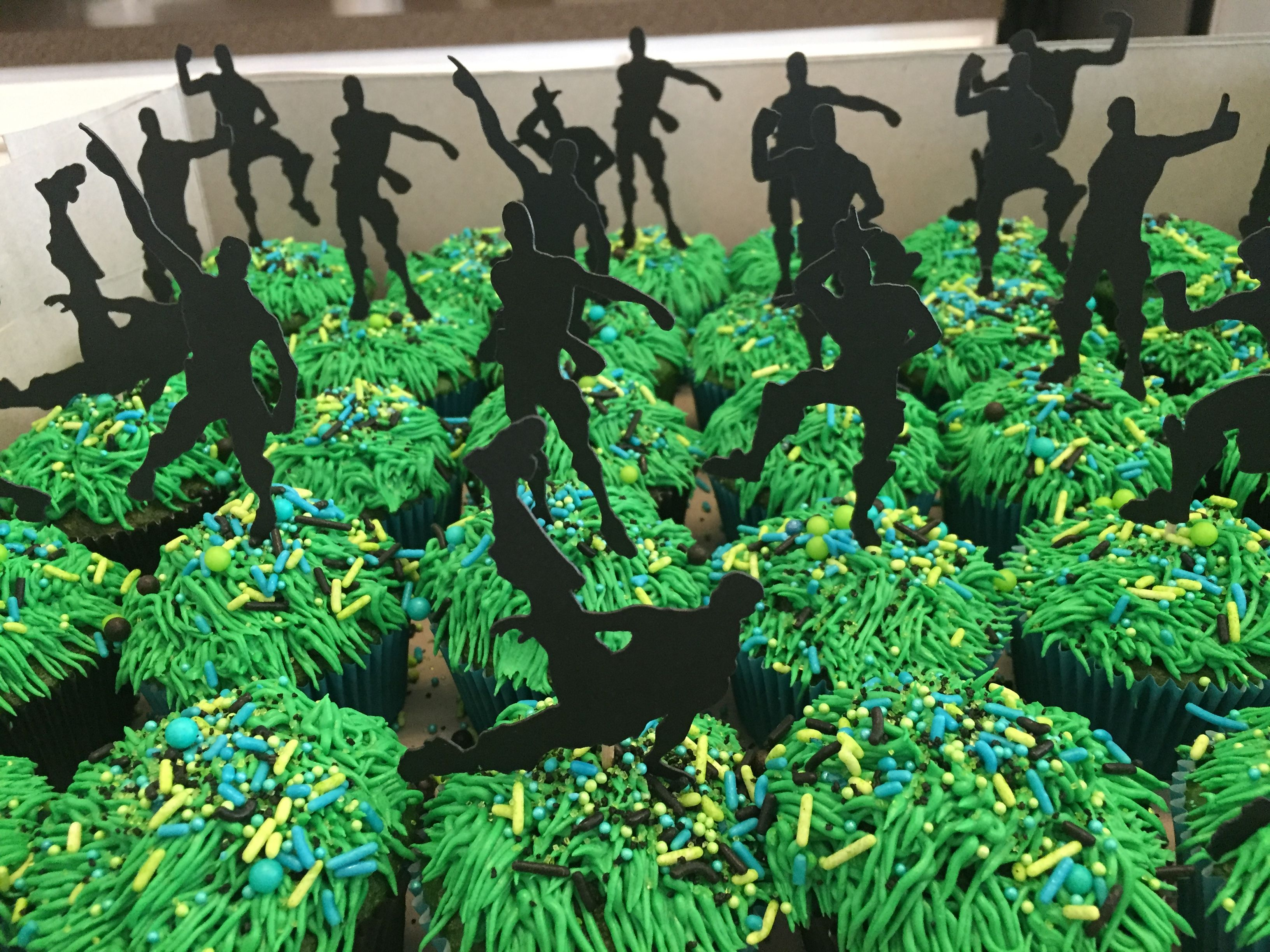 Fortnite Emotes Cupcake (With images) Boy birthday