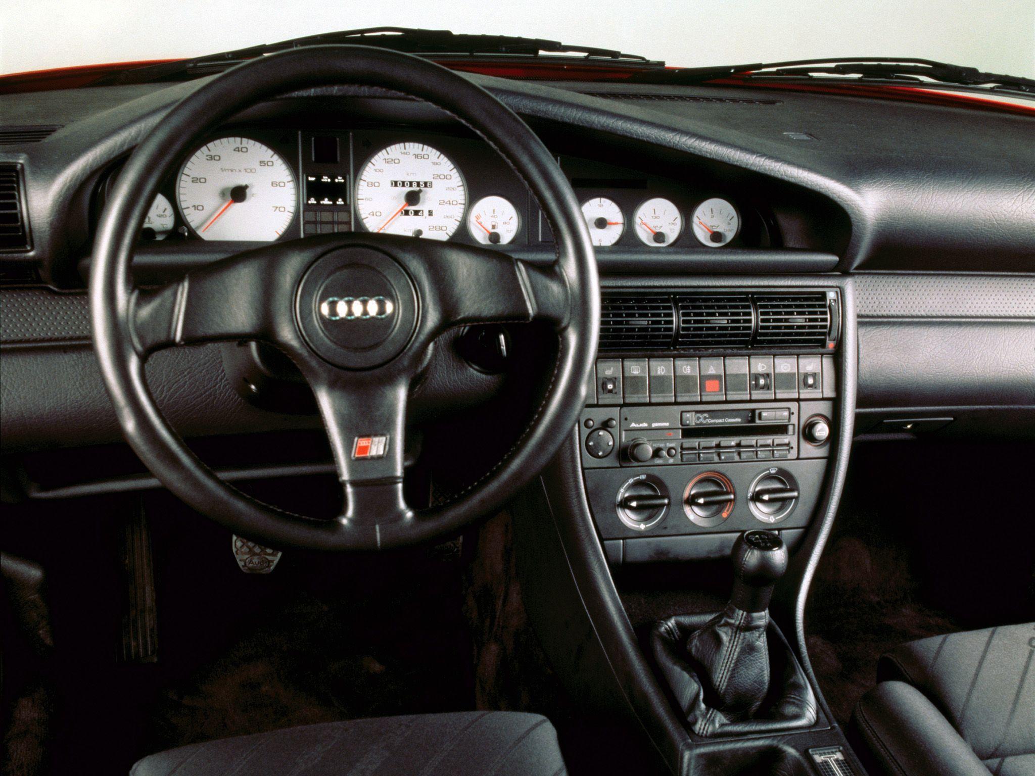 Kekurangan Audi 100 S4 Perbandingan Harga