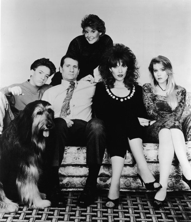 Here S What The Cast Of Married With Children Looked Like In 1990