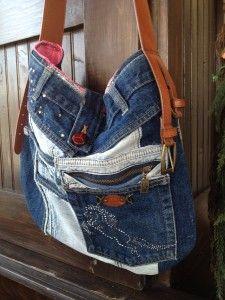 sac jeans recyclé avec cheval et ceinture de cuir 55$