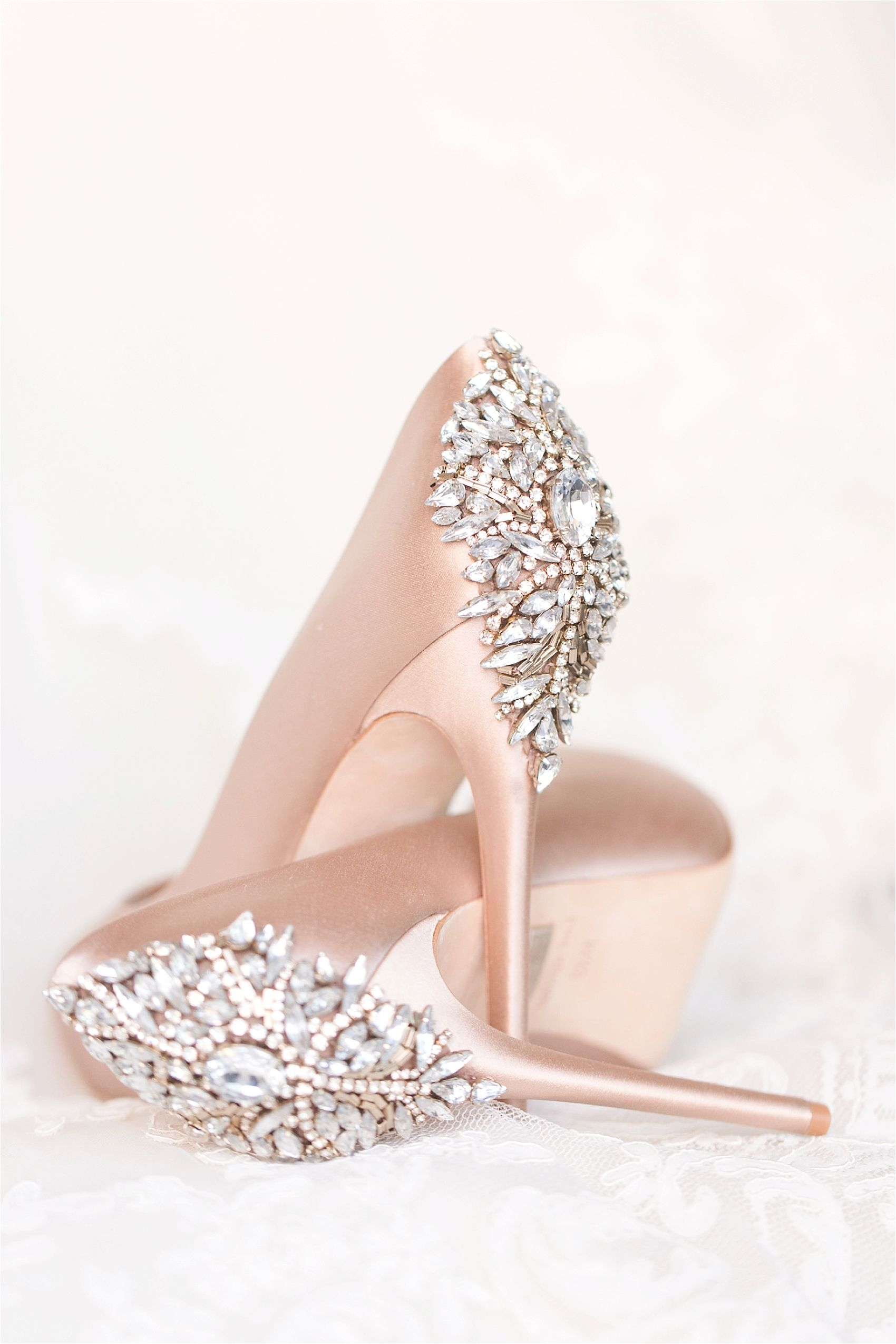Navy And Blush El Chorro Wedding Wedding Pinterest Schuhe