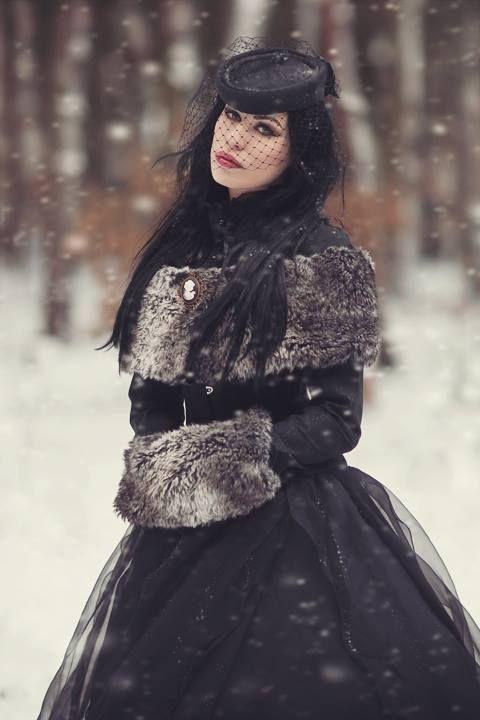 model: Joanna Krzyżanowska