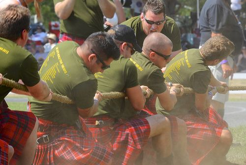 cool Lake Superior Scottish Regiment - Canadian Army Reserves - Tug-of-War team at the Glengarry Highland games 2012