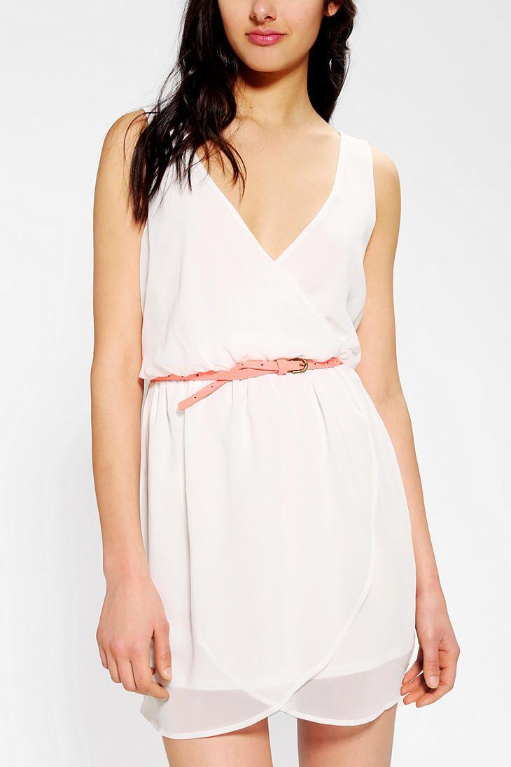 Pins And Needles Silky Surplice Tulip Dress Tulip Dress Gorgeous Dresses Urban Dresses [ 1095 x 730 Pixel ]