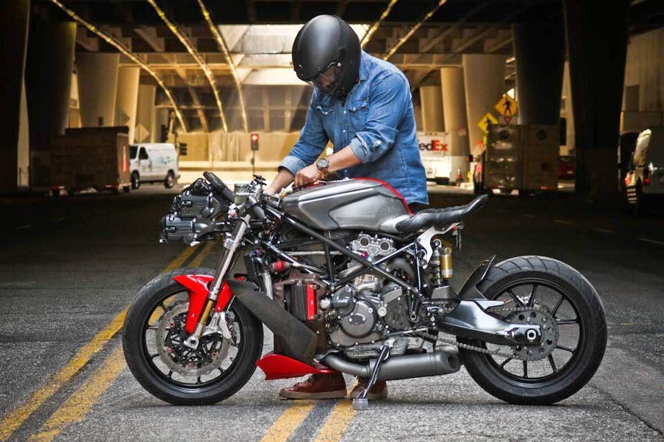 Ducati 749 By Apogee Motorworks Rocketgarage Cafe Racer Magazine Ducati 749 Ducati Ducati Cafe Racer