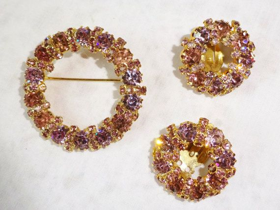 Weiss Champagne Pink Rhinestones Brooch / Pin & by vintagelady7