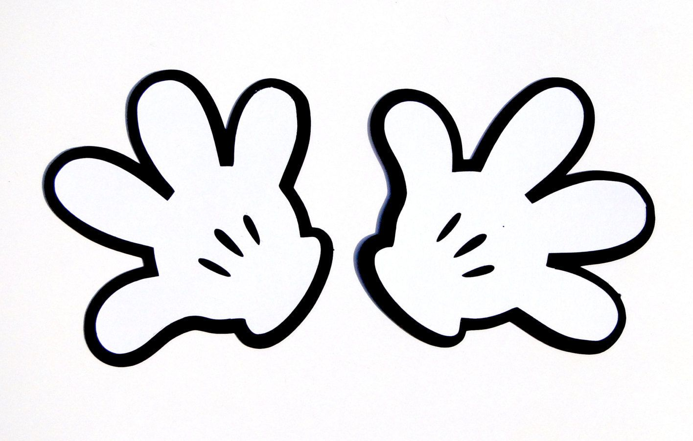 photograph about Mickey Mouse Hands Printable identified as minnie mouse arms - Google Glance minnie mouse.gmk