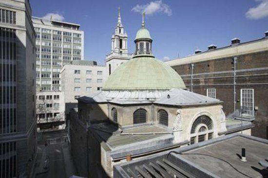 Noon Concerts At St. Stephen Walbrook, London : A Wren Church (for His