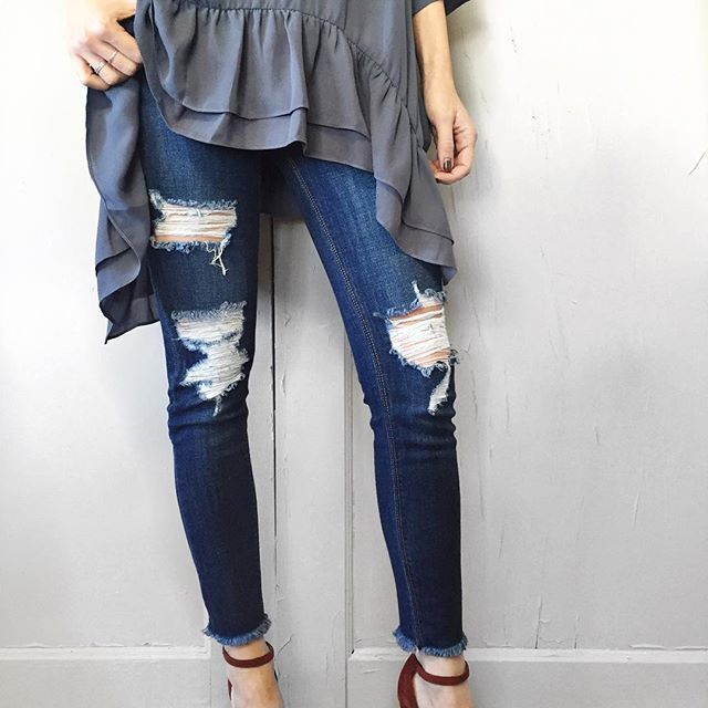 Download Frayed, Distressed Denim is here! Spice up your denim collection with these cute skinnies ...