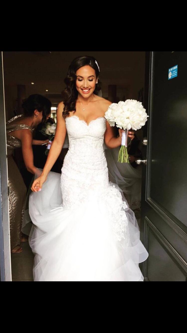 Pin By Pauline Izi On I Just Happen To Love Wedding Dresses Wedding Dresses Fall Wedding Guest Dress Sweetheart Wedding Dress