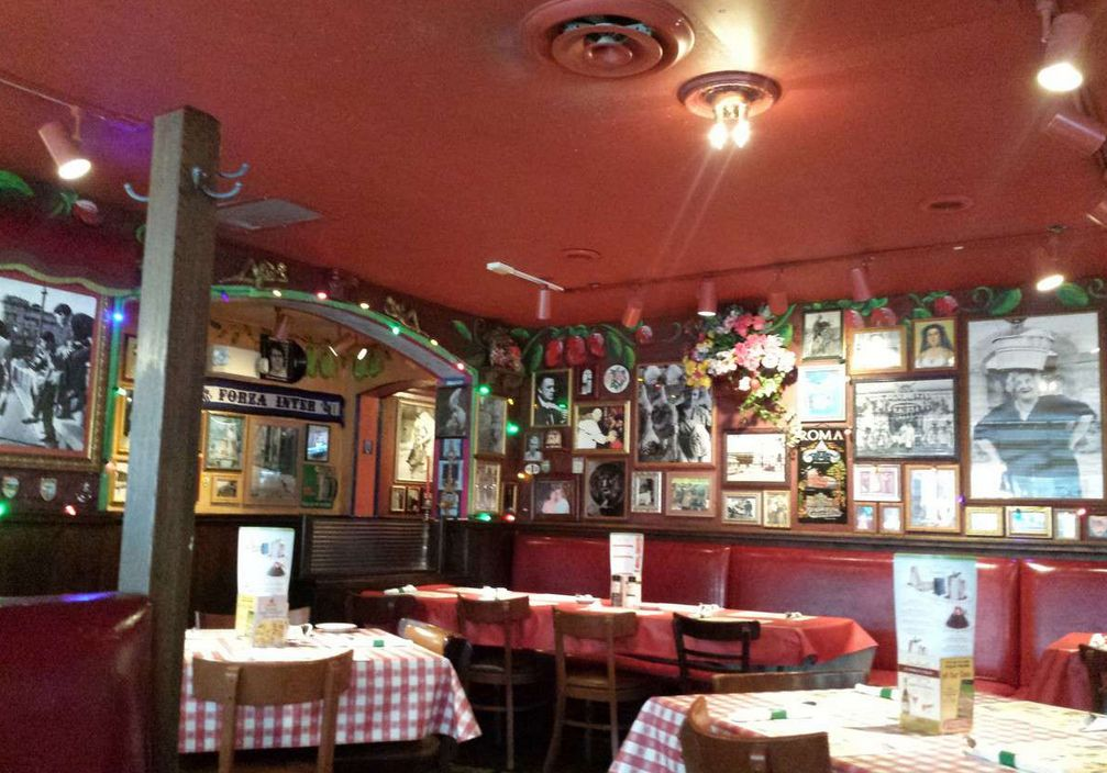 Find Buca Di Beppo Downtown Indianapolis Wedding Venues One Of