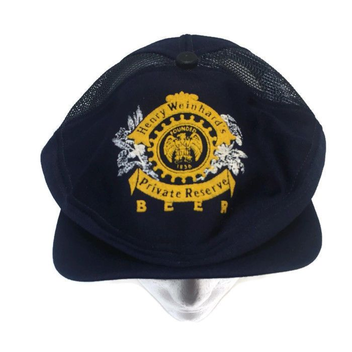b188991f Hat is in good condition. There was a foam insert that had disintegrated. I  remove the